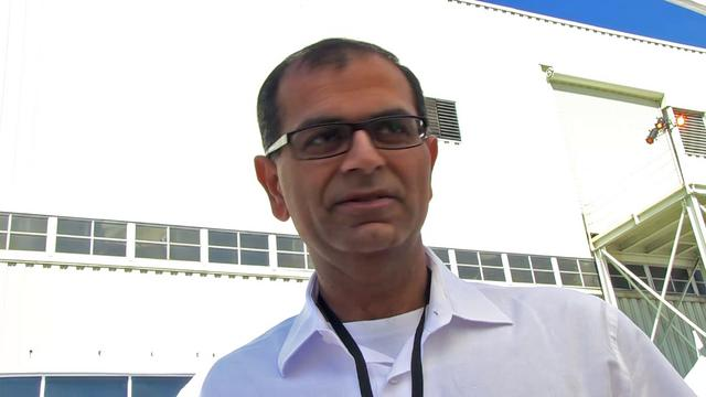 Wheeler >> Brief chat with Tesla Motors' CFO, Deepak Ahuja on Vimeo