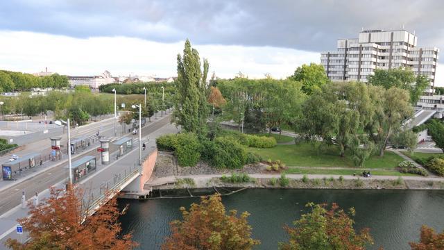 Time-lapse : Strasbourg Place de l'Etoile on Vimeo