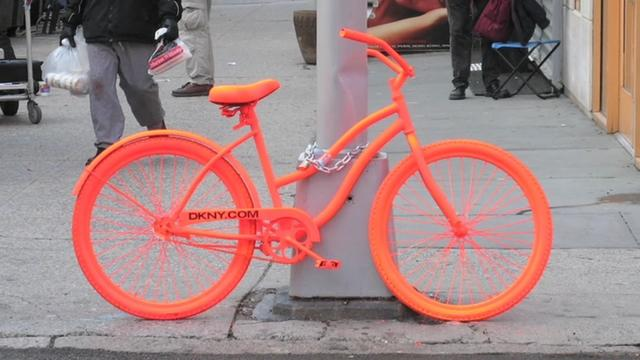 ORANGE BIKES TAKE MANHATTAN
