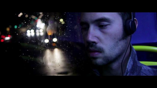 DVA feat Vikter Duplaix: Madness (Hyperdub 2011)