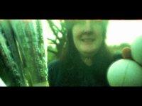 Juggling (00:30)
