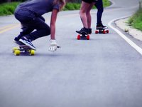 Yes, girls can skateboard - Roadtrip teaser III