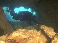 Grotta di Capo D'Acqua (Lazio)