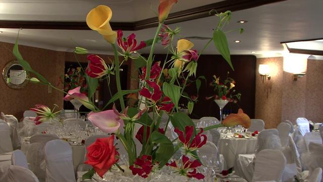 Charlotte Martin Wedding Reception Layout Cake Cutting