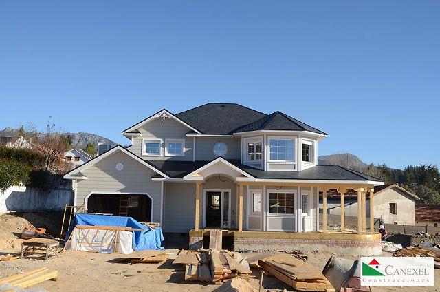 Recorrido por una casa canadiense en ejecuci n de canexel for Canexel construcciones