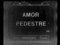 Amor pedestre - Love Afoot (00:49)