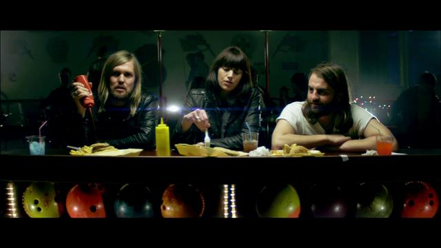 Band Of Skulls - Bruises Official Video