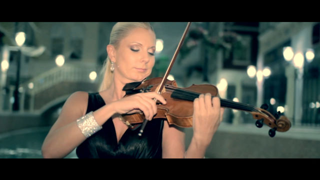 Violin Dreams in Qatar - Dream the 'Méditation de Thaïs'
