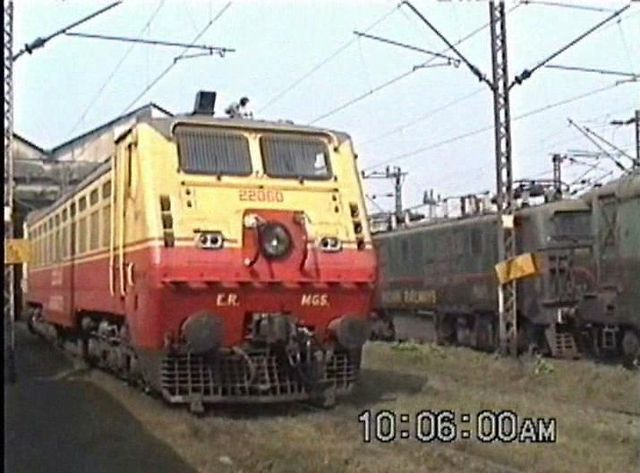 A Tour of the Asansol Loco Shed (Jan. 2000)