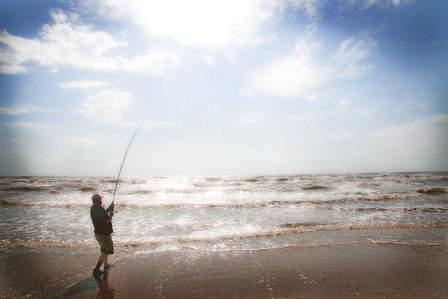 Surf fishing on the texas gulf coast coastal fishing videos for Fishing rules in texas