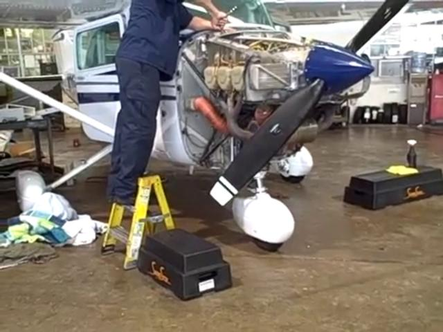 Aircraft Mechanic how to rigth