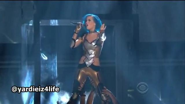 Katy Perry performs E.T and Part Of Me at 54th Grammy Awards