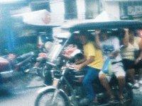 Traffic in Manila (00:22)