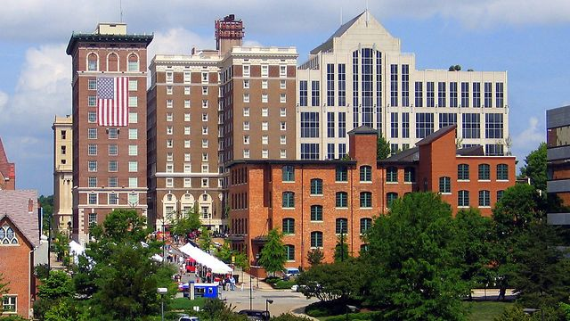 Hoteles In Greenville Sc Starting With Letter A