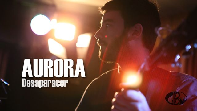 ≠05. Aurora