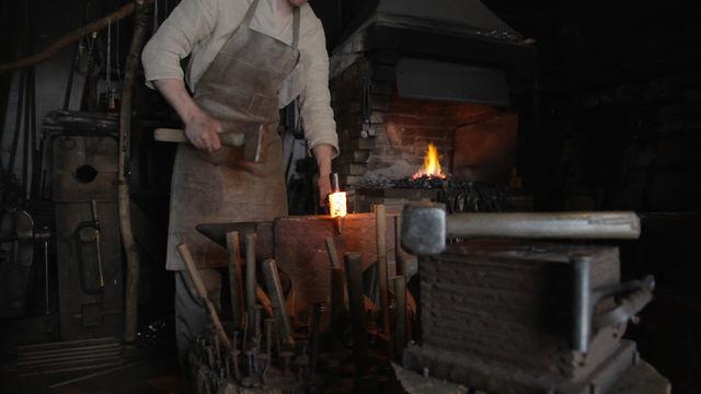 Darbarīku izgatavošana latviešu stilā