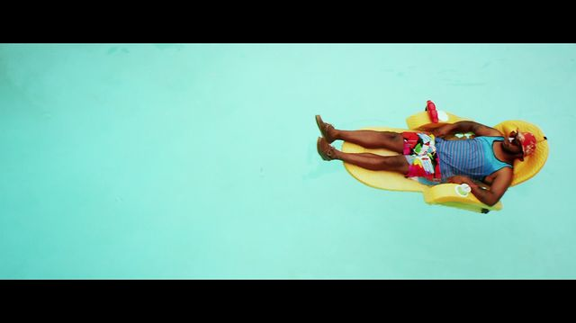 Music Video: The Cool Kids &#8211; Summer Jam Feat. Maxine Ashley