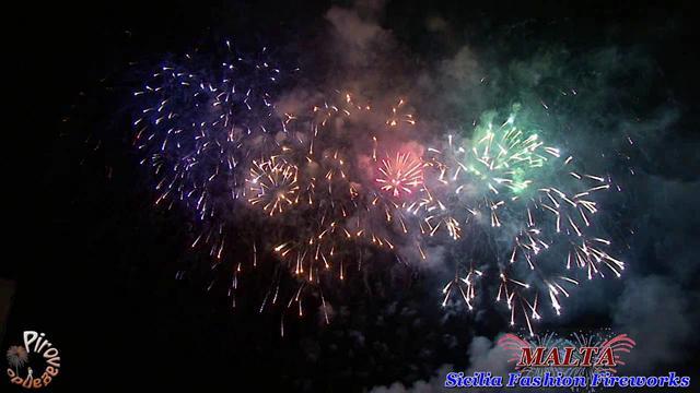 Sicilia Fashion Fireworks - The Saint Andrews (MALTA - anno 2011)