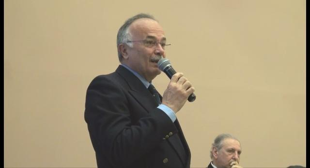 Gaeta (LT) - Convegno Fedelissima - Franco Ciufo legge messaggio di Carlo di Borbone