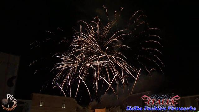 Sicilia Fashion Fireworks - VACCALLUZZO Events (anno 2011)