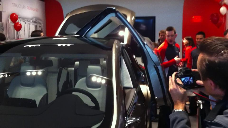 Tesla Model X Falcon Wing Doors & Interview with David of Tesla