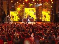 Mac Miller - Donald Trump (Live @ mtvU Woodie Awards)