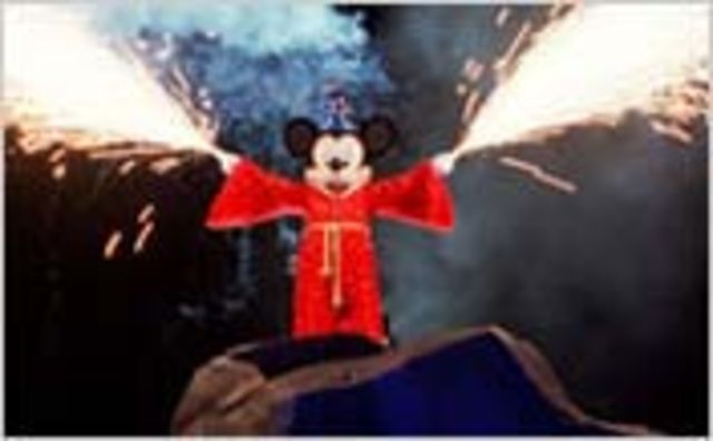 Fantasmic at Disney's Hollywood Studio (in HD)