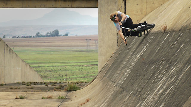 8 Months of BMX Footage of Greg Illingworth