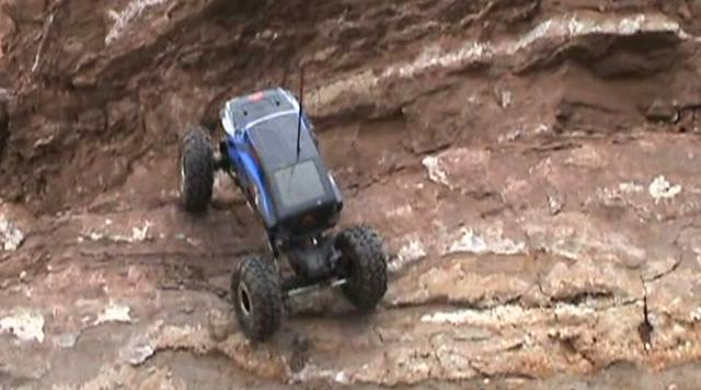 RedCat Racing RockSlide RS-10 Back to Crawling