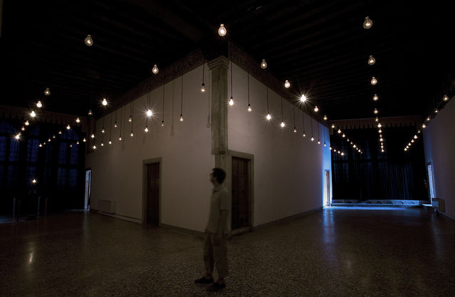 """Pulse Room"" at 52 Biennale di Venezia (2007) by Rafael Lozano-Hemmer"