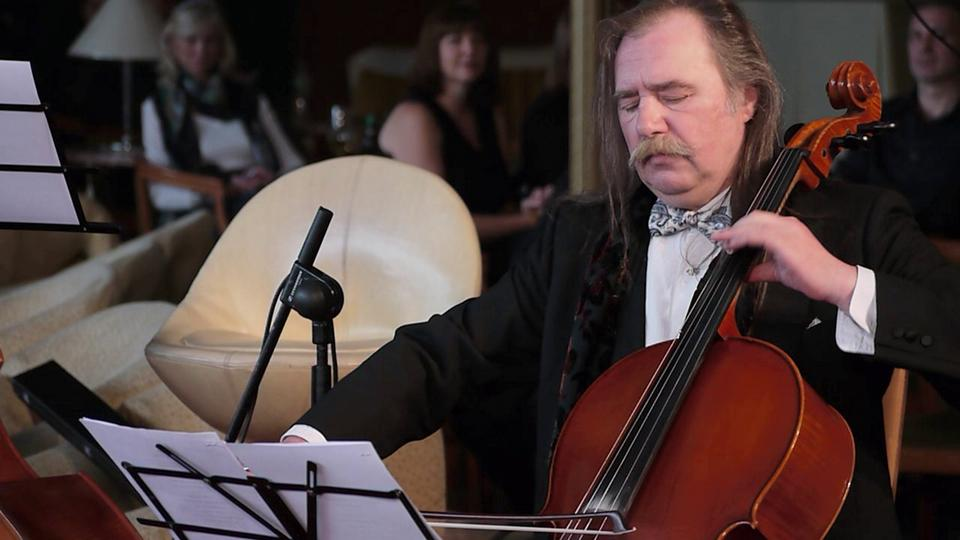 cellist of sarajevo No fear shakespeare: henry iv part 2: act 1, scene 2, page 9 trick of our english nation, if they have a good thing, to make it too common if ye will needs say i am an old man, you should give me rest i would to god my name were not so terrible to the enemy as it is.