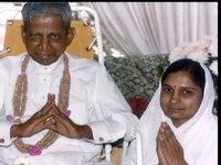 Pujya Niruma-life in service of Gnani