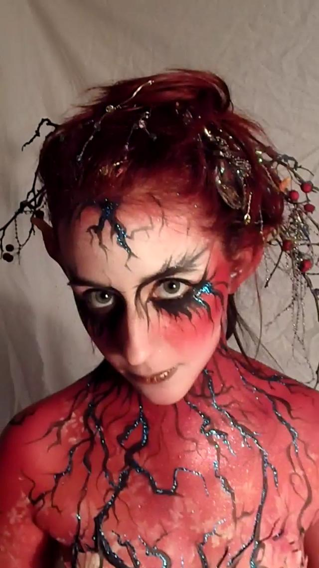 Christmas Twiggy Alt Tree fae leonie body paint dec 2011