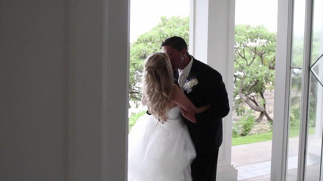 Hans &amp; Jenny -- Blaisdell Center Wedding Expo Highlight