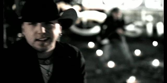 "Jason Aldean ""Johnny Cash"""