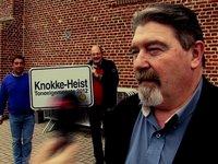Interview Maxim Willems - waarnemend burgemeester Knokke Heist on Vimeo - 288684058_200