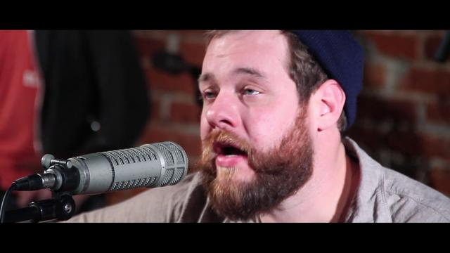 Nathaniel Rateliff performs When Do, You See