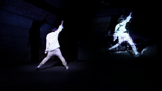 Progressive Fluid - interactive dance performance