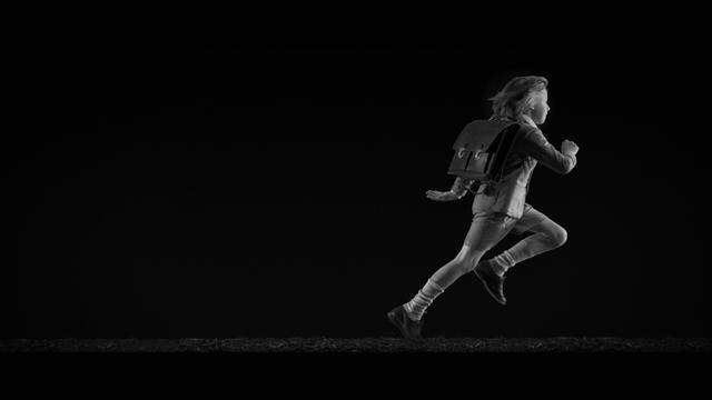 Короткометражка Woodkid— Run Boy Run онлайн