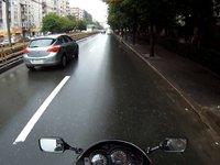 Singuri pe strada + o pasare…din nou
