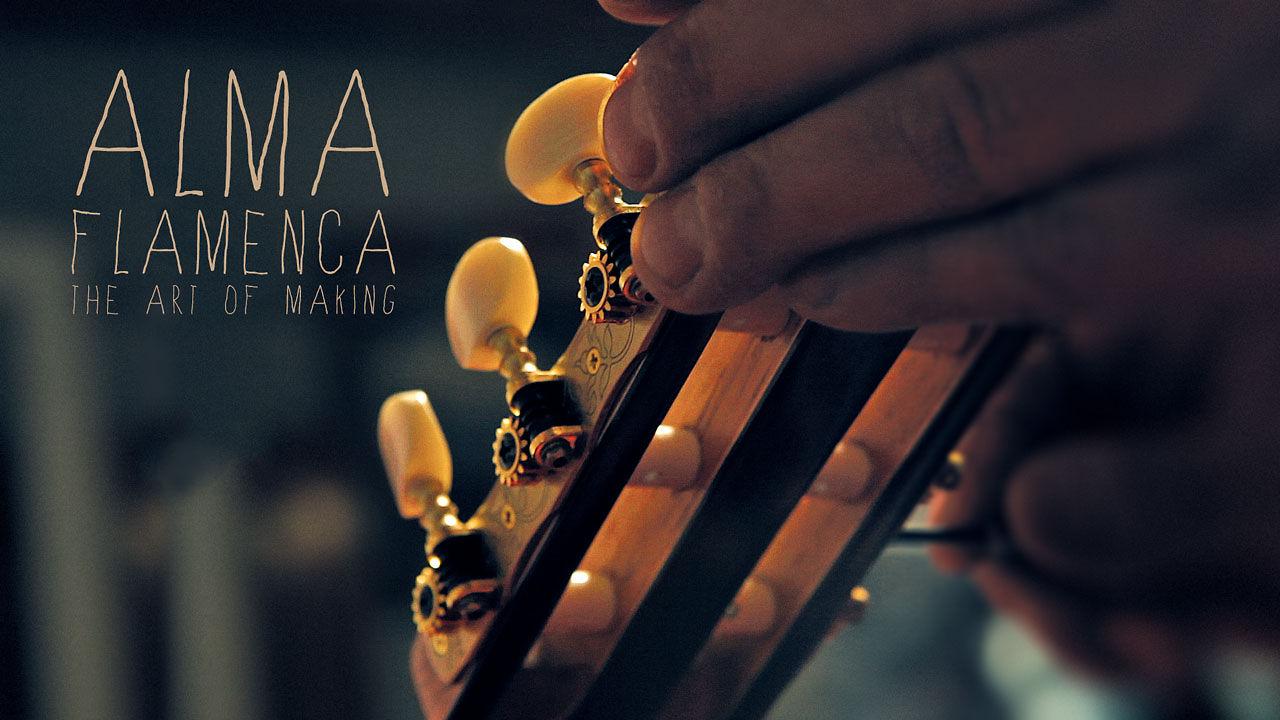 DeepGreenSea membuat berbagai jenis kerajinan yang indah. Beberapa bulan yang lalu mereka mengejutkan kami dengan karya seorang tukang kayu. Dan sekarang mereka kembali dengan seni membuat Gitar Flamenco.