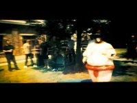 sumo dancing (00:22)