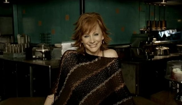 Reba McEntire - Somebody