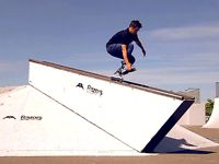 Here is a video of Mathias Silhan, Razors pro team rider, who is testing the new SL Burston Out Now Worldwilde;  Cameras : Jon Matter-Guillaume Latchimy  Edit : Salim Sikha-PausePlayVideo  Location : Strasbourg-France  Music : Washed Out-New Theory (RAC Mix)