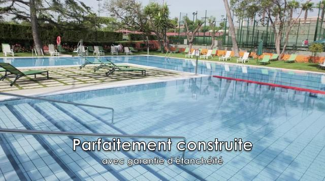 Rosa gres piscine du club de tenis valence on vimeo for Club piscine catalogue