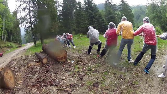 Team building la Bran: jocuri medievale, tir cu arcul, tiroliana