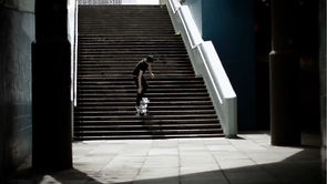 Eight-wheeled Longboard that can roll down stairs