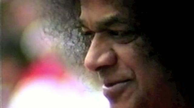 SOULJOURNS - WHO IS SAI BABA - UPDATED VERSION - SAI BABA - LENGTH: 21 MIN..