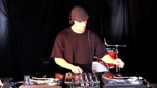 Introduction to Djing - DJ Tutorial - Part 1