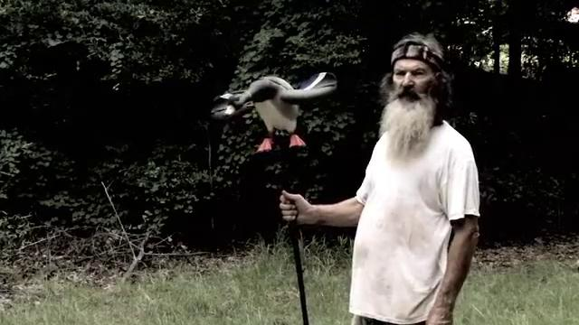 Phil from Duck Commander Endorses EDGE's New Lucky Junior